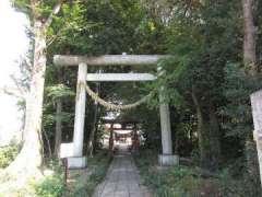 川田谷諏訪神社鳥居