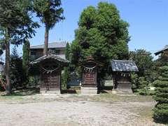 桶川稲荷神社境内社