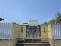 松木毘沙門堂入口