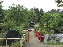 境内社厳島神社