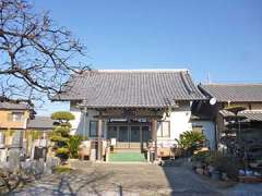 本泉寺本堂