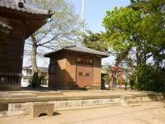 境内社八坂・稲荷神社