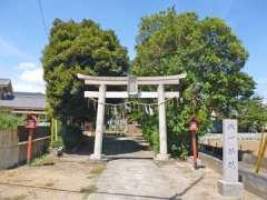 谷塚氷川神社鳥居