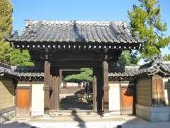 西蓮寺山門