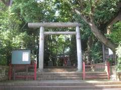 赤堤六所神社鳥居