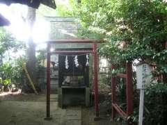 境内社松沢稲荷神社