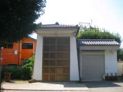 八幡山八幡社山車庫