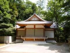 岡本八幡神社神楽殿