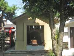 勝利八幡神社旧本殿