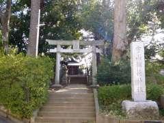宇山稲荷神社鳥居