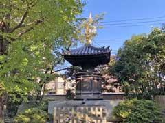 本光寺五輪塔