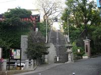 市谷亀ヶ岡八幡神社鳥居