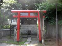 鎧神社稲荷社・三峯社・子の権現社