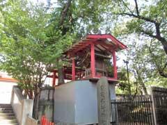 境内社雷電稲荷神社