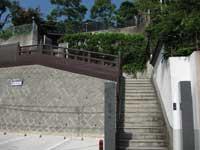 真英寺山門
