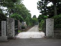 華徳院山門