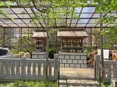天沼熊野神社境内社群
