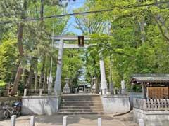荻窪八幡神社二鳥居