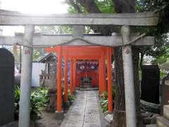 千種稲荷神社拝殿