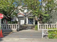 榎戸稲荷神社参道と鳥居