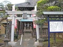 法恩寺境内と三重塔