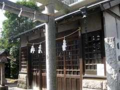 国領神社神輿庫