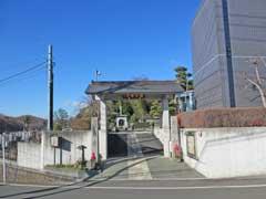 龍谷寺山門