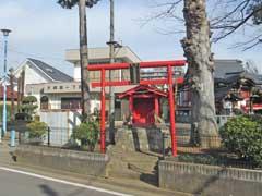 関根神社神楽殿