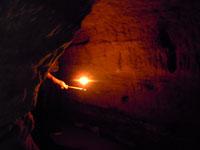 威光寺弁天洞窟内