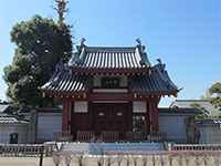 円成院山門