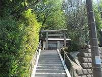 鶴間八坂神社鳥居