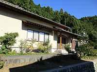 泉蔵院本堂