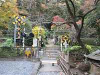 久平稲荷神社参道