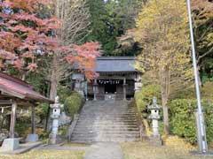 青渭神社社殿
