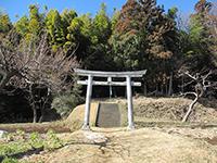 元石川町御嶽社(2)鳥居