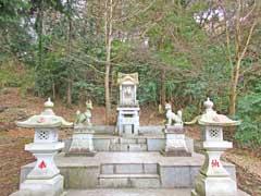 境内社杉山稲荷神社