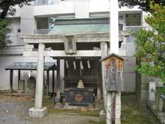 東神奈川熊野神社社殿