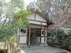 東林寺稲荷堂