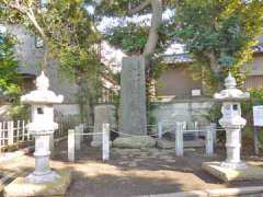 瀬谷神明社忠魂碑