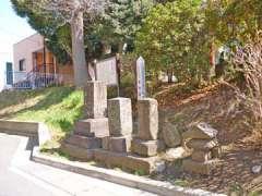 和泉神明社石塔群